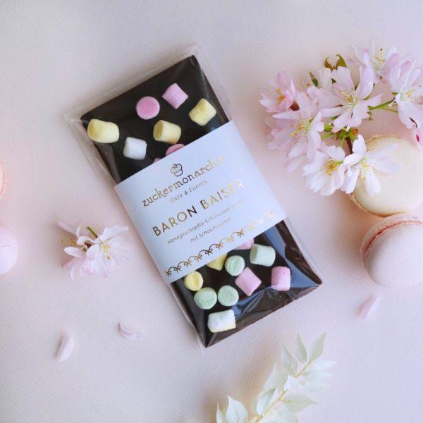 Handgeschöpfte Schokolade mit Marshmallows